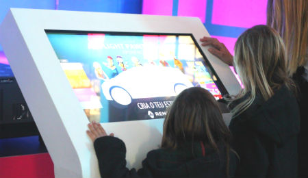 TEMBU interactive at Grand Scénic Fun Stand OEMKIOSKS